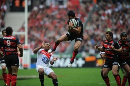Rugby-Top-14-A-la-mi-temps-Toulouse-et-Toulon-9-a-9_reference.jpg