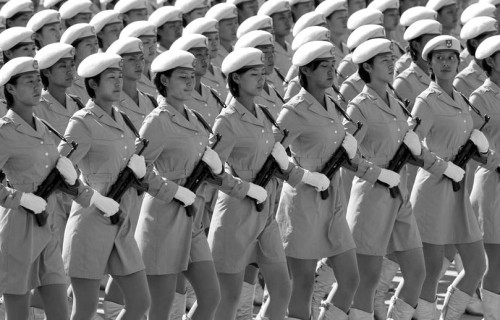 Chine-defile-militaire-femmes_pics_809.jpg